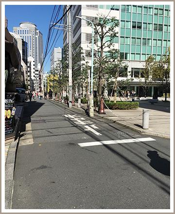 ルノアール左側の道に入り一つ目を右に曲がると恵比寿ビジネスタワーがあります。