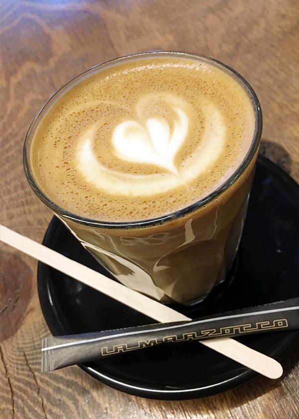 おしゃれなカフェ
