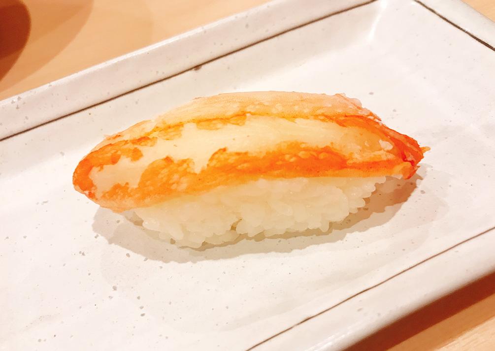 好物のカニのお寿司